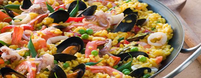 Паелья с морепродуктами, (Paella de marisco).